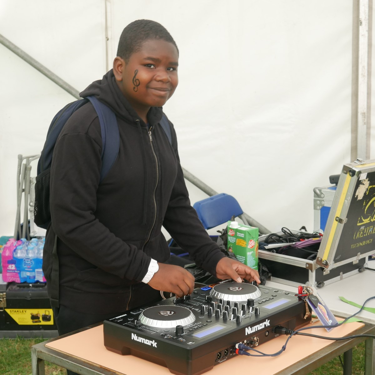 DJ SK Beats perfoming at Go Islington Festival