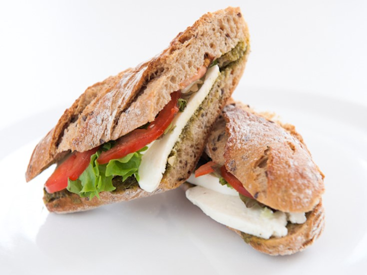 Mozzarella, tomato and green pesto granary baguette